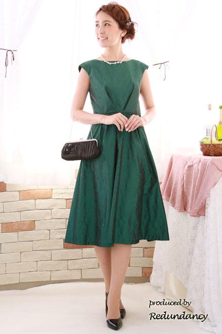 5e5492f2244 50代服装】結婚式、ご親族様におすすめのドレス&体型カバードレスを紹介 ...