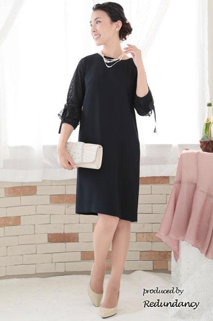 冬の人気黒のドレス