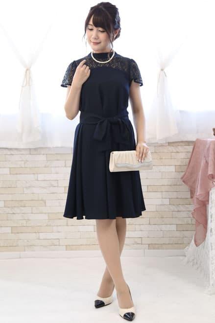 43768d81a3b89 企業のレセプションパーティーで身に付けたいドレス フォーマルなドレスで臨むパーティ